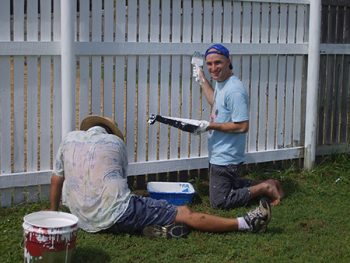 Painting and Proper Maintaining a Wooden Fence